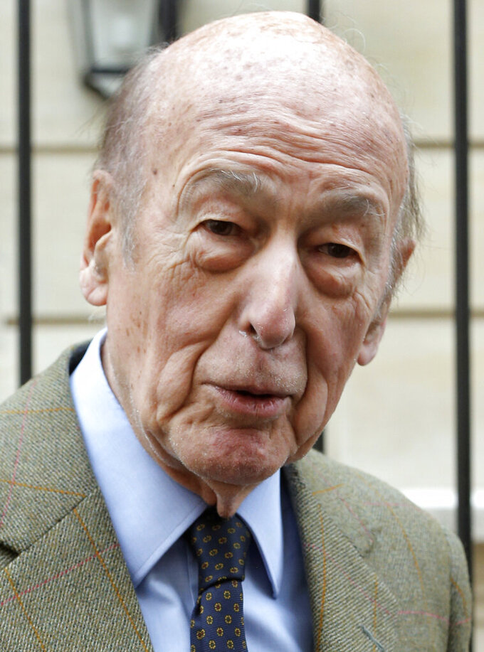 FILE - In this April 8, 2013 file photo, French former President Valery Giscard d'Estaing speaks to the media in Paris. Valery Giscard d'Estaing, the president of France from 1974 to 1981 who became a champion of European integration, has died Wednesday, Dec. 2, 2020 at the age of 94, his office and the French presidency said. (AP Photo/Francois Mori, File)