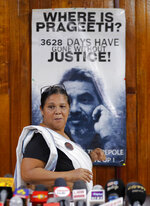 Sandya Ekneligoda, the wife of abducted Sri Lankan journalist Prageeth Ekneligoda arrives to address the media in Colombo, Sri Lanka, Tuesday, Dec. 31, 2019. Prageeth went missing in 2010 during the presidency of Mahinda Rajapaksa, the brother of current President Gotabaya Rajapaksa. (AP Photo/Eranga Jayawardena)