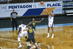 Gonzaga guard Jalen Suggs (1) shoot a 3-pointer during the first half of an NCAA college basketball game against Iowa, Saturday, Dec. 19, 2020 in SIoux Falls, S.D. (AP Photo/Josh Jurgens)