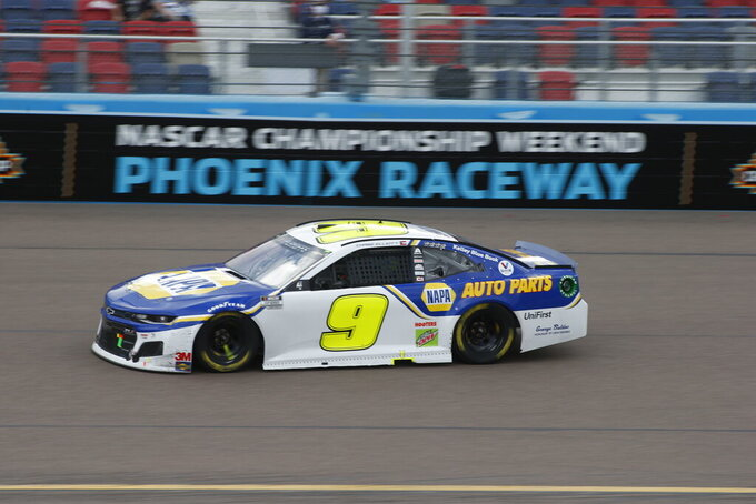 Chase Elliott speeds through Turn 4 during a NASCAR Cup Series auto race at Phoenix Raceway, Sunday, Nov. 8, 2020, in Avondale, Ariz. (AP Photo/Ralph Freso)