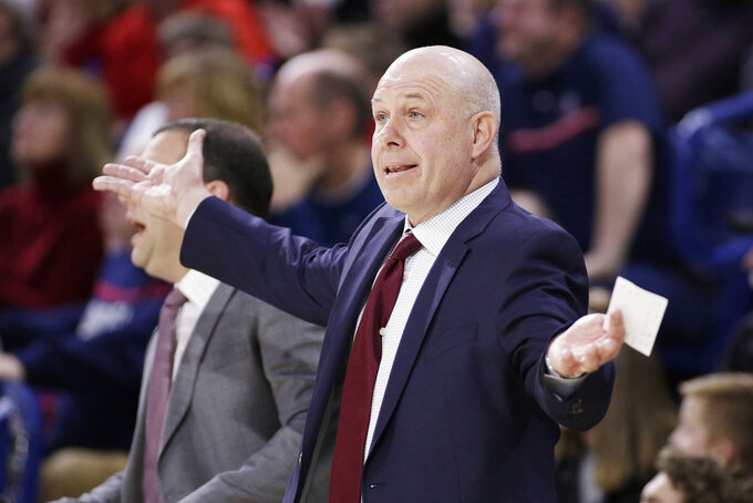 Santa Clara head coach Herb Sendek directs his team during the first half of an NCAA college basketball game against Gonzaga in Spokane, Wash., Saturday, Jan. 5, 2019. (AP Photo/Young Kwak)