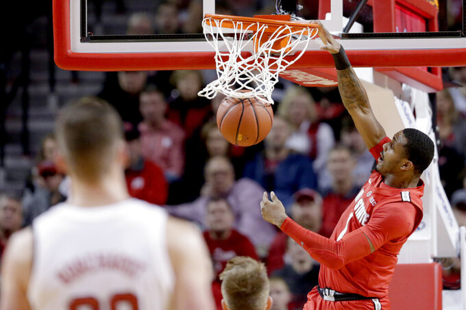 Ohio State ends five-game skid with win over Huskers