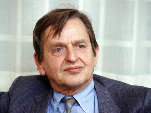 FILE - This 1984 file photo shows Sweden's Prime Minister Olof Palme. A Swedish prosecutor said Wednesday Sept. 30, 2020, the unsolved murder of former Swedish Prime Minister Olof Palme 34 years ago won't be reopened. In June, authorities announced that the investigation into the 1986 murder of Palme was being closed because the main suspect died in 2000. (Tobbe Gustavsson/TT News Agency via AP, File)