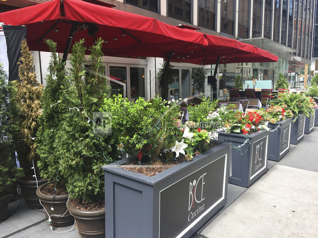 Restaurants enter phase 4 of reopening in NYC - 7/20/20