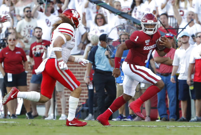 No. 4 Oklahoma looks to build off Hurts' dynamic debut