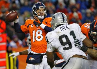 Peyton Manning, Justin Tuck