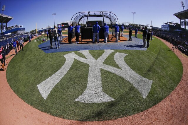 Toronto Blue Jays take batting practice before a baseball game against the New York Yankees Saturday, Feb. 22, 2020, in Tampa. (AP Photo/Frank Franklin II)