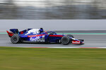 Toro Rosso driver Daniil Kvyat of Russia steers his car, during a Formula One pre-season testing session at the Barcelona Catalunya racetrack in Montmelo, outside Barcelona, Spain, Wednesday, Feb.20, 2019. (AP Photo/Joan Monfort)