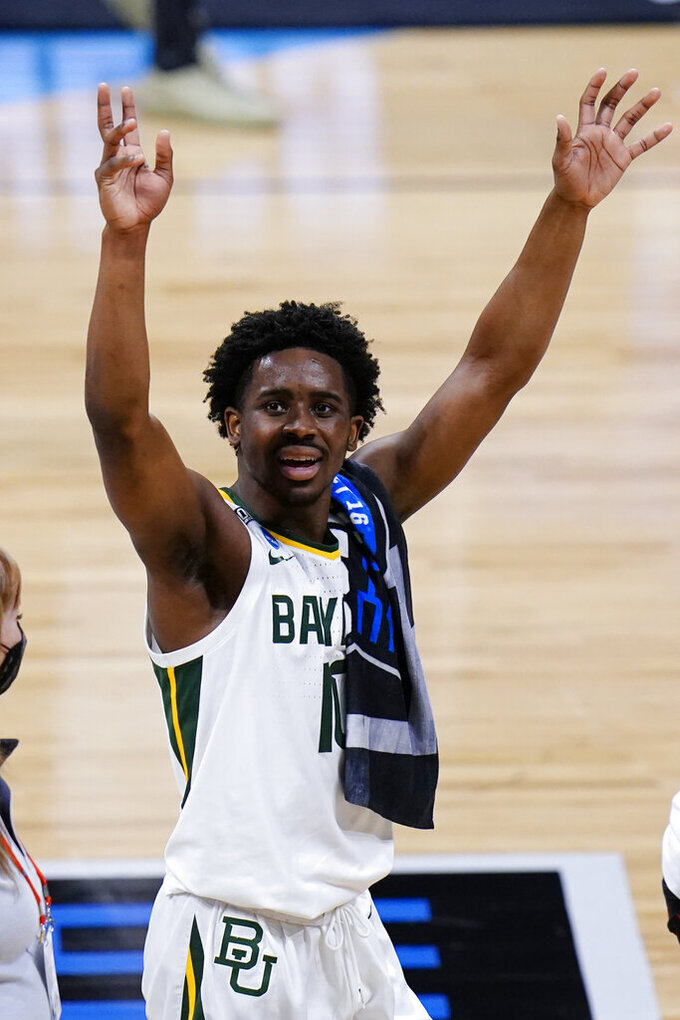Baylor guard Adam Flagler (10) waves to fans after beating Villanova 62-51 in a Sweet 16 game in the NCAA men's college basketball tournament at Hinkle Fieldhouse in Indianapolis, Saturday, March 27, 2021. (AP Photo/AJ Mast)