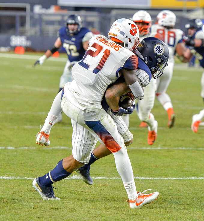 Notre Dame wide receiver Chase Claypool (83) scores a touchdown against Syracuse defensive back Trill Williams (21) during an NCAA college football game, Saturday, Nov. 17, 2018, at Yankee Stadium in New York. (AP Photo/Howard Simmons)