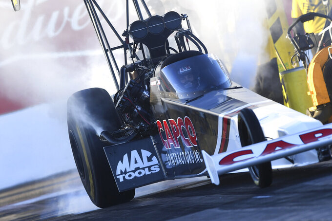 Torrence wins Top Fuel final in NHRA Arizona Nationals