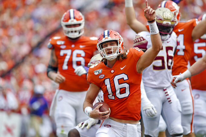 AP Top 25 Podcast: Is Clemson being slighted by poll voters?