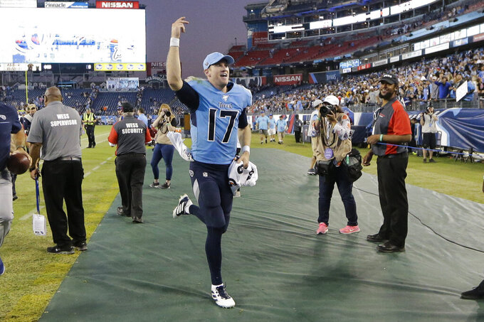 Switch from Mariota to Tannehill gives Titans hope