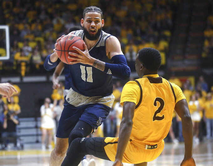 No. 7 Nevada wins 10th straight behind Porter's 14 points