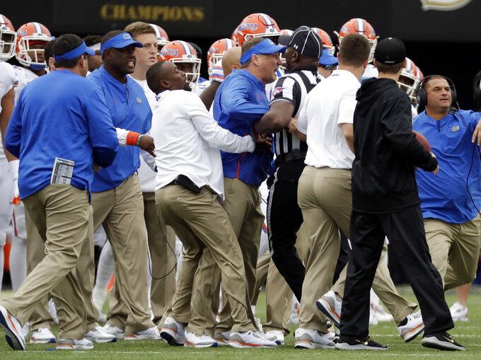 2 Florida players ejected on punt return vs. Vandy