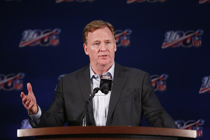 Goodell, title game officials to face questions on 'no-call'