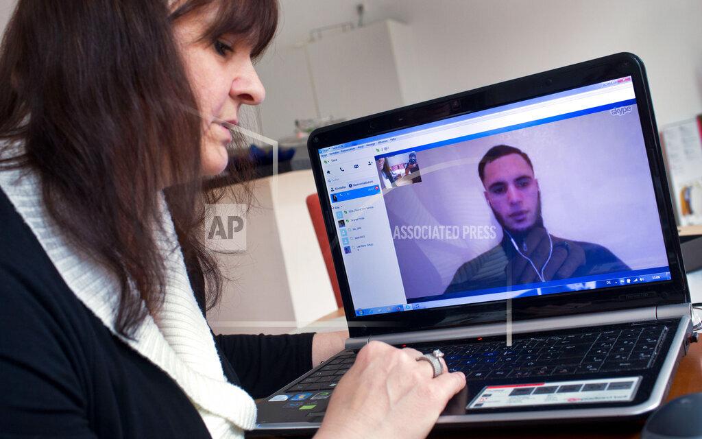Frau kämpft um Visum für Ehemann