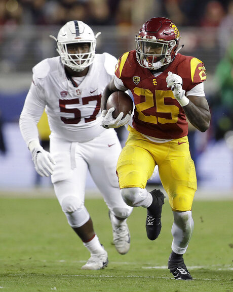 Ronald Jones II, Michael Williams