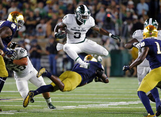Nyles Morgan, LJ Scott