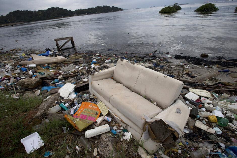 Brazil Filthy Water