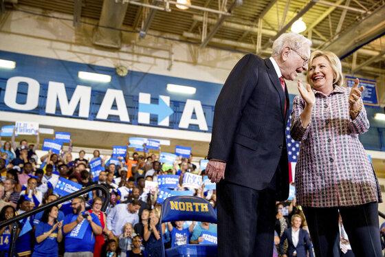 Hillary Clinton, Warren Buffett