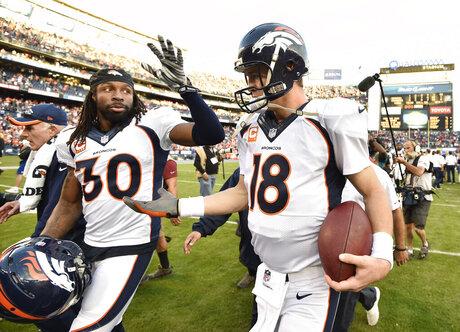 Peyton Manning, David Bruton Jr.