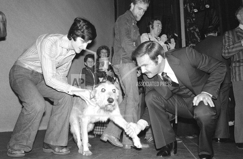 Watchf AP A  NY USA APHS319013 Actor Burt Reynolds