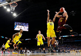 Final Four Loyola Michigan Basketball