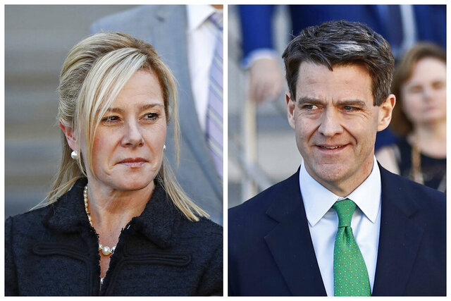 FILE - This combination of March 29, 2017 file photos shows Bridget Kelly, left, and Bill Baroni leaving federal court after sentencing in Newark, N.J. The Supreme Court has thrown out the convictions of the two political insiders involved in New Jersey's
