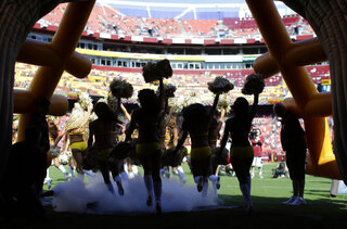 Redskins Cheerleaders Football