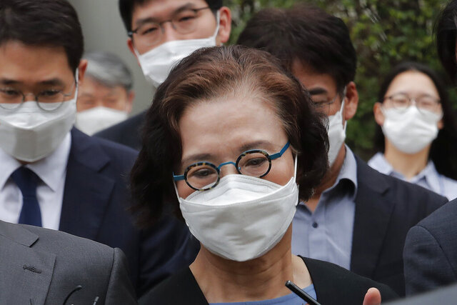 Lee Myung-hee, the widow of former Korean Air Chairman Cho Yang-ho leaves the Seoul Central District Court in Seoul, South Korea, Tuesday, July 14, 2020. Lee received a suspended prison sentence Tuesday for assault and other abuses of her chauffeur, security guard and other employees in a case that extended a bizarre legal saga surrounding the company's founding family. (AP Photo/Ahn Young-joon)