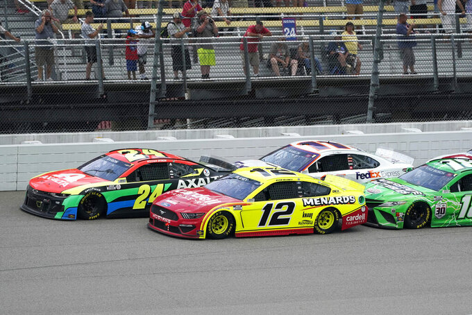 Blaney takes lead on final restart, holds on to win Michigan