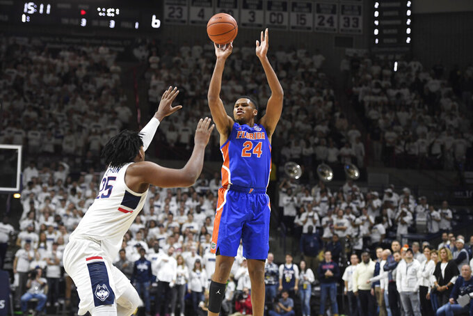 No. 15 Florida falls to UConn 62-59 on the road