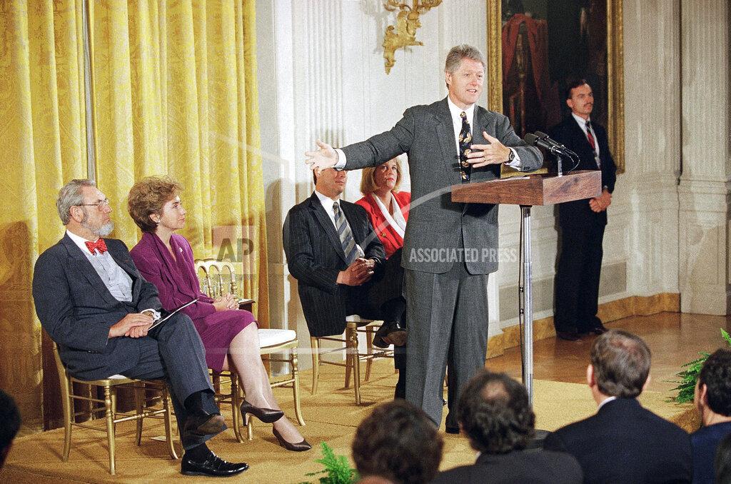 Watchf AP A  DC USA APHS349841 President Bill Clinton  Health Care