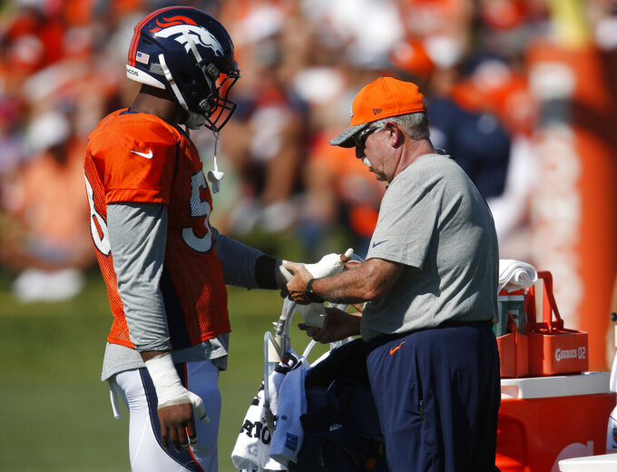 Longtime Broncos trainer to present Bowlen at Hall of Fame
