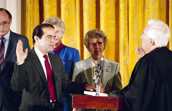 Antonin Scalia, Warren Burger