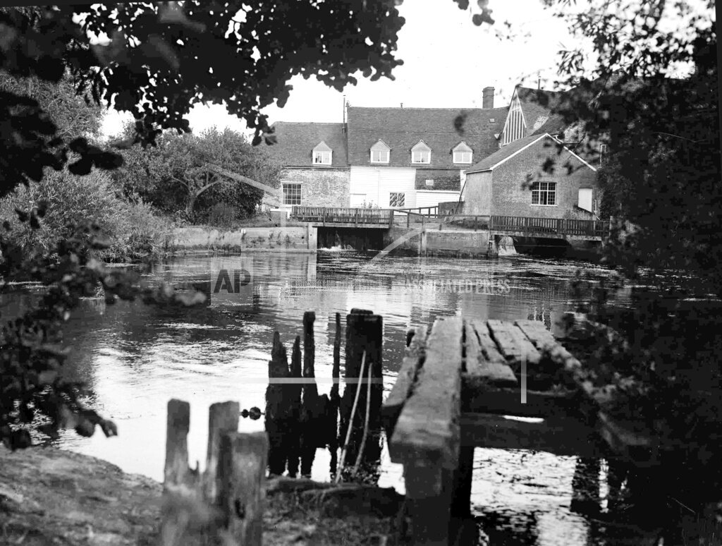 Watchf Associated Press International News   England APHSL8093A England Flatford Mill3