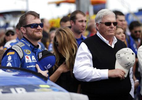 Dale Earnhardt Jr, Rick Hendrick