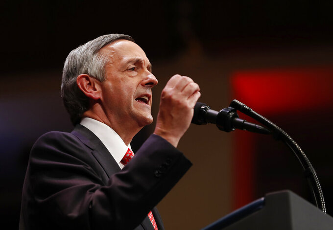 Pastor, Trump ally Robert Jeffress to give Talladega prayer