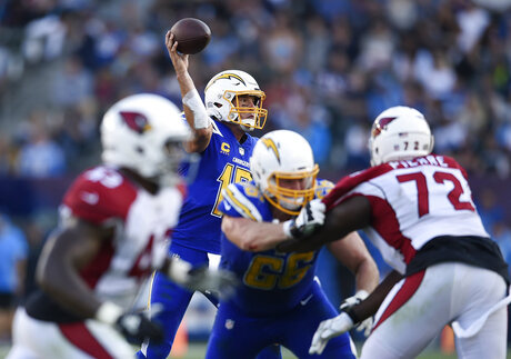 Cardinals Chargers Football