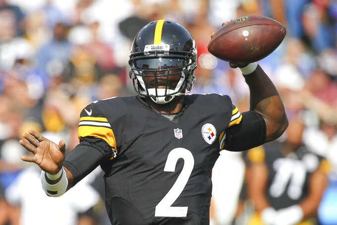 FILE - In this Aug. 29, 2015, file photo, Pittsburgh Steelers quarterback Michael Vick (2) passes against the Buffalo Bills during the first half of a preseason NFL football game in Orchard Park, N.Y.  There's been fewer than three dozen left-handed QBs in the league's 100-year history, and of the 116 quarterbacks who threw a pass in the NFL over the last four seasons, every single one of them was right-handed.(AP Photo/Bill Wippert, File)