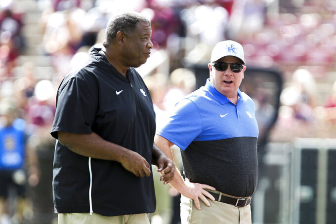 Kentucky visits South Carolina, both teams need a win