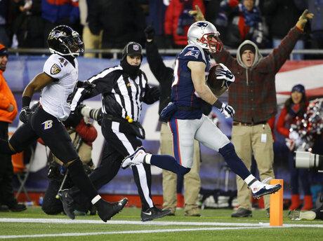 APTOPIX Ravens Patriots Football