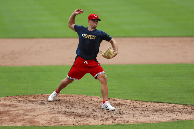 Cincinnati Reds' Sonny Gray participates in baseball practice at Great American Ballpark in Cincinnati, Wednesday, July 8, 2020. (AP Photo/Aaron Doster)