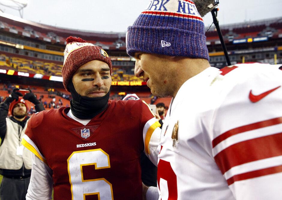 Mark Sanchez, Eli Manning