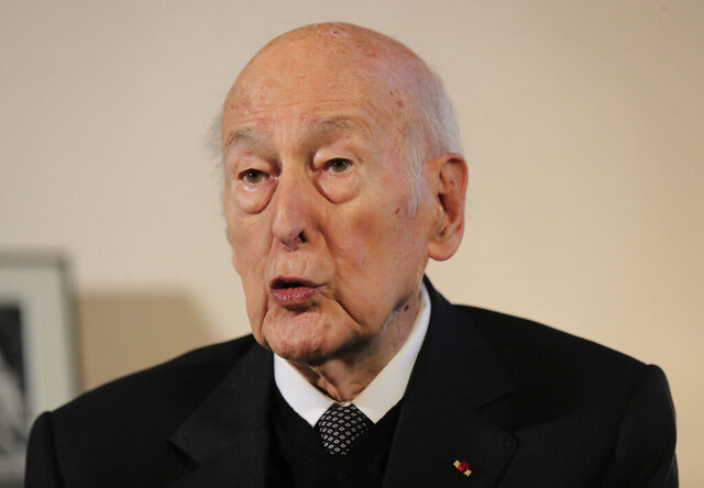 FILE - In this Jan. 30, 2020 file photo, former French President Valery Giscard d'Estaing gestures as he speaks during an interview of the Associated Press in Paris. Valery Giscard d'Estaing, the president of France from 1974 to 1981 who became a champion of European integration, died on Wednesday. He was 94. (AP Photo/Michel Euler, File)