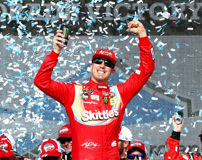 Kyle Busch eyeing historic 200th win as NASCAR hits Fontana