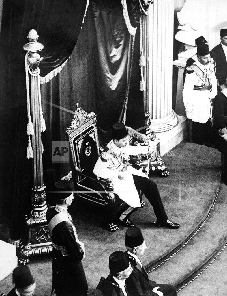 Watchf AP I   EGY APHSL50570 Egypt King Farouk Investiture