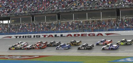 NASCAR Trucks Talladega Auto Racing