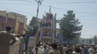 Jalalabad locals take down Taliban flag and hoist Afghan flag